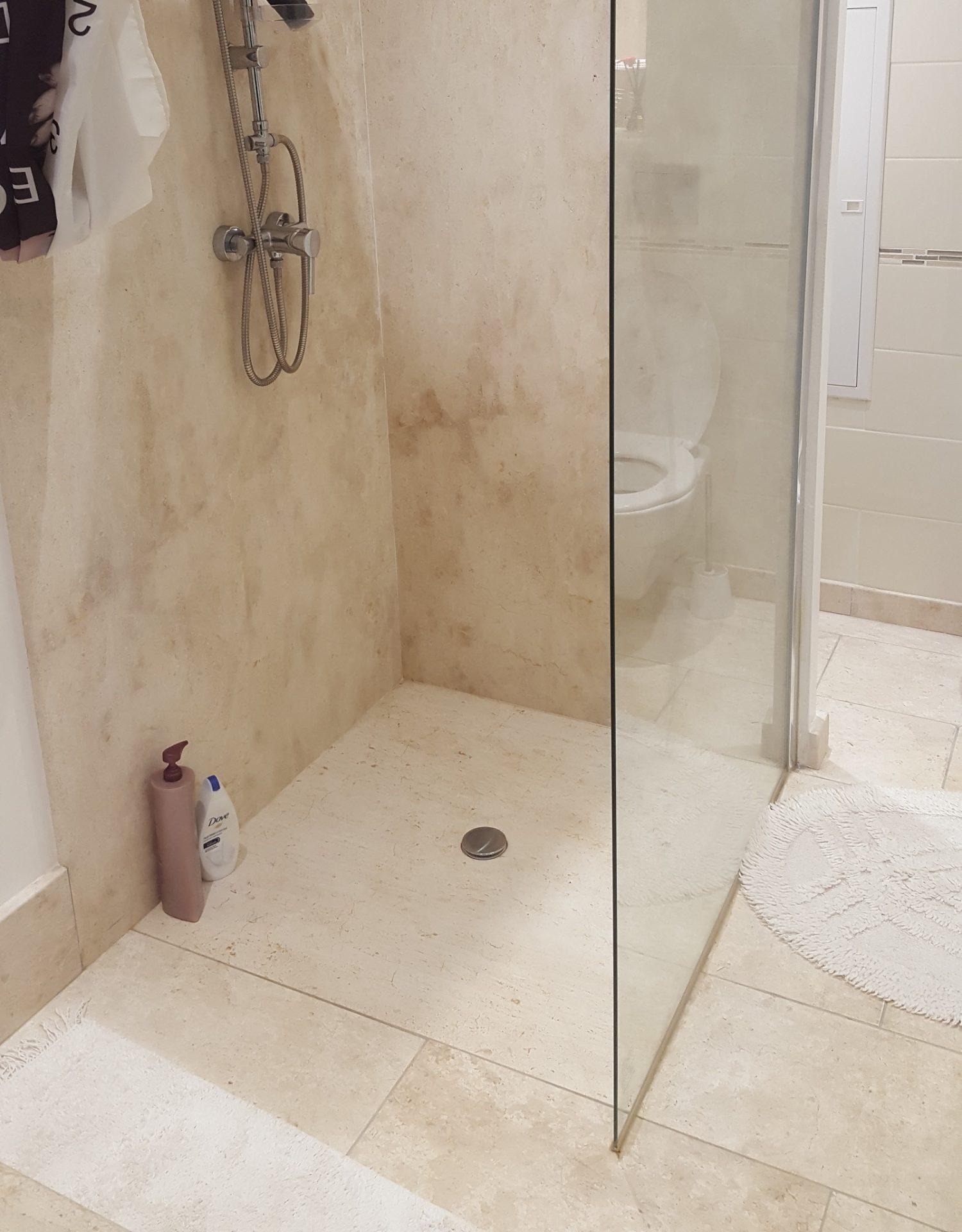 Piatto doccia in marmo Pilgran